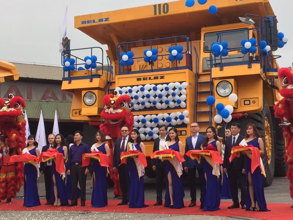 First batch of 130MT BELAZ-75131 in north of Vietnam.