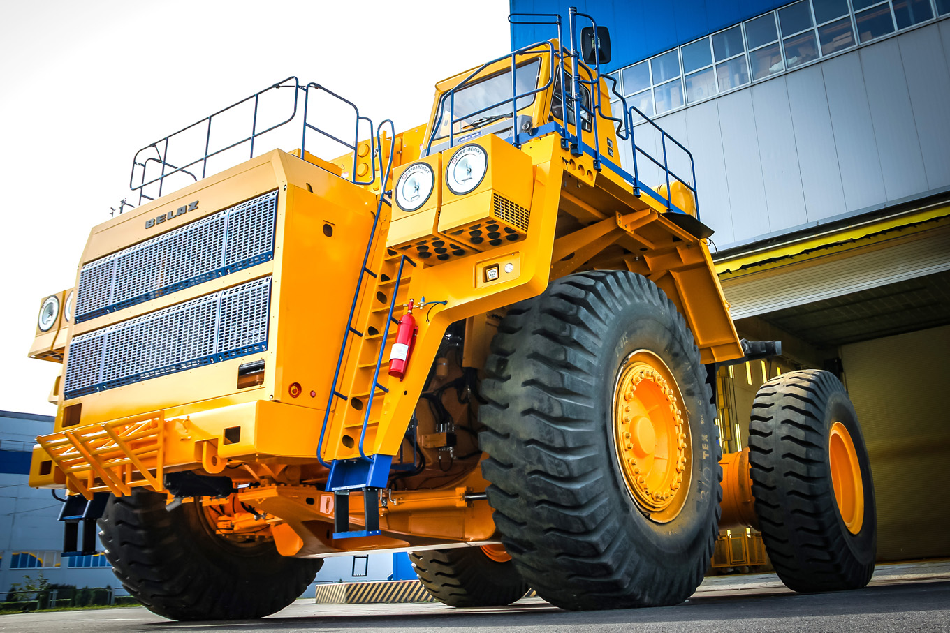 half thousandth dump truck of the BELAZ-7530